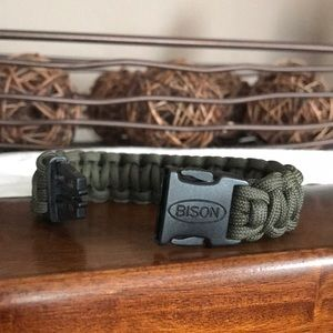 Jewelry - Bison Paracord Bracelet